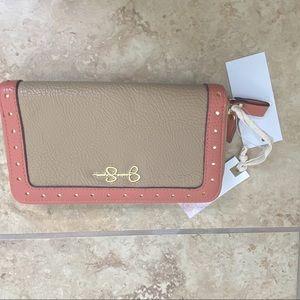 Jessica Simpson Zip Up Wallet